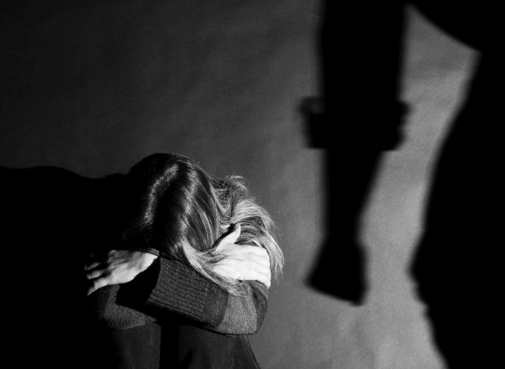"""Dosarul """"Părintele"""" – Două surori violate, nouă ani după gratii"""